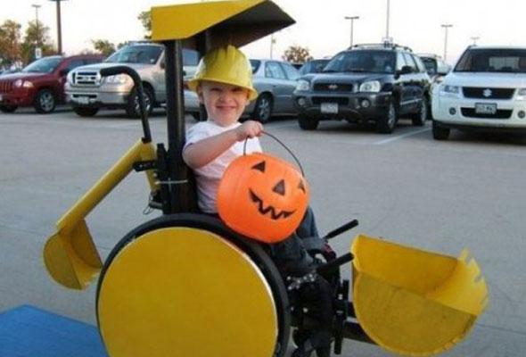 wheelchair-halloween-costume-bulldozer