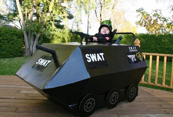 wheelchair-halloween-costume-swat